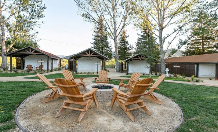 Camping In Style – Glamping Safari Tents